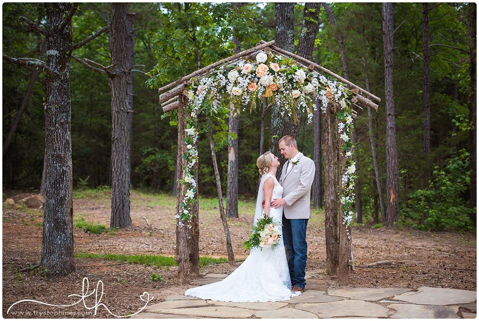 Bride and Groom at an outdoor wedding ceremony at The Barn at Sleepy Hollow